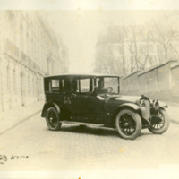 Automobile with Soldier at Wheel, Rue Nitot