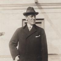 Woodrow Wilson in overcoat and fedora